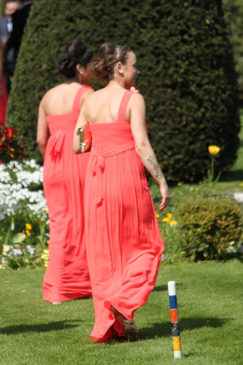 Spring's Tangerine love clearly seen on the Bridesmaids' gowns