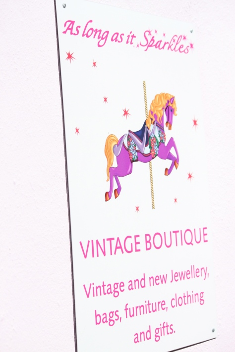 Name justified for a vintage jwellery shop