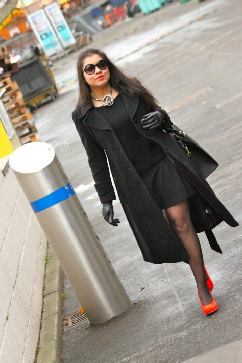 A Melody of a LBD + Tangerine Wedges