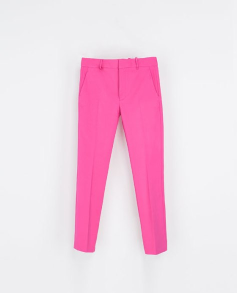New buy ( on SALE): Zara Cotton trouser in hot pink .....Spring will be too much fun with this pair:)