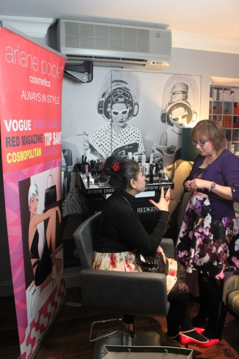 In conversation with the celebrity make-up artist Ariane Poole. Learning tricks and tips on make-up-on-the-go and how to hide blemishes or skin flaws