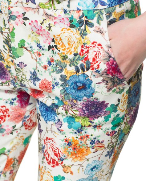 The upcoming spring  can't get any better than this in a pair of floral pants from ZARA