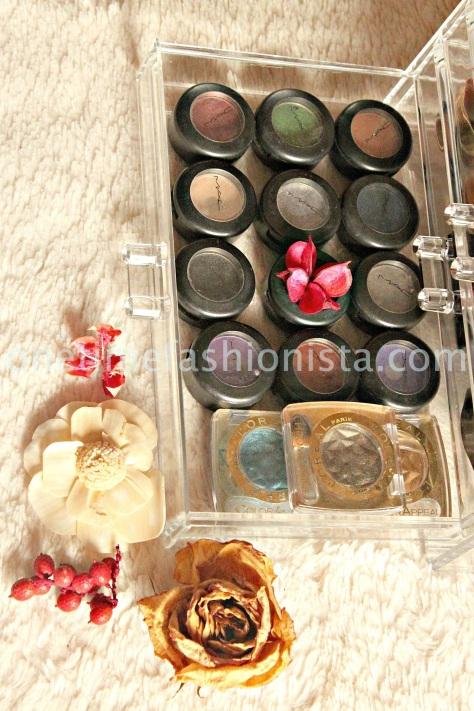 Acrylic clear make-up organiser