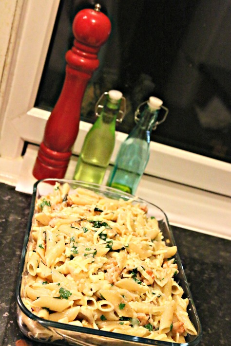 Sunday Dinner  |  Prawn & Mushroom Penne Pasta Bake