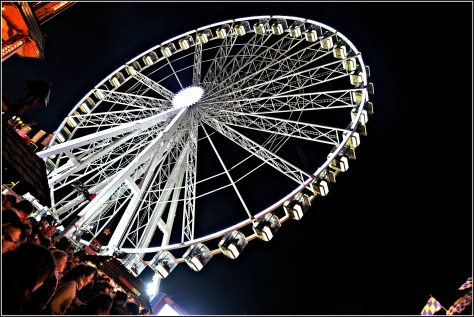 Take a flight on the Giant Observation Wheel and soar 60 metres into the London sky in the comfort of enclosed pods. Experience spectacular 360˚ panoramic views over Winter Wonderland and beyond!