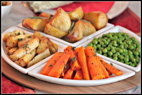 Side dishes for Christmas lunch: Roasted potatoes, carrots, parsnips and peas