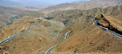 Tizi n'Tichka Pass is one of the most amazing roads in Morocco- imagine how  adventurous and equally nauseated (for the chicken hearted me!) the drive was!