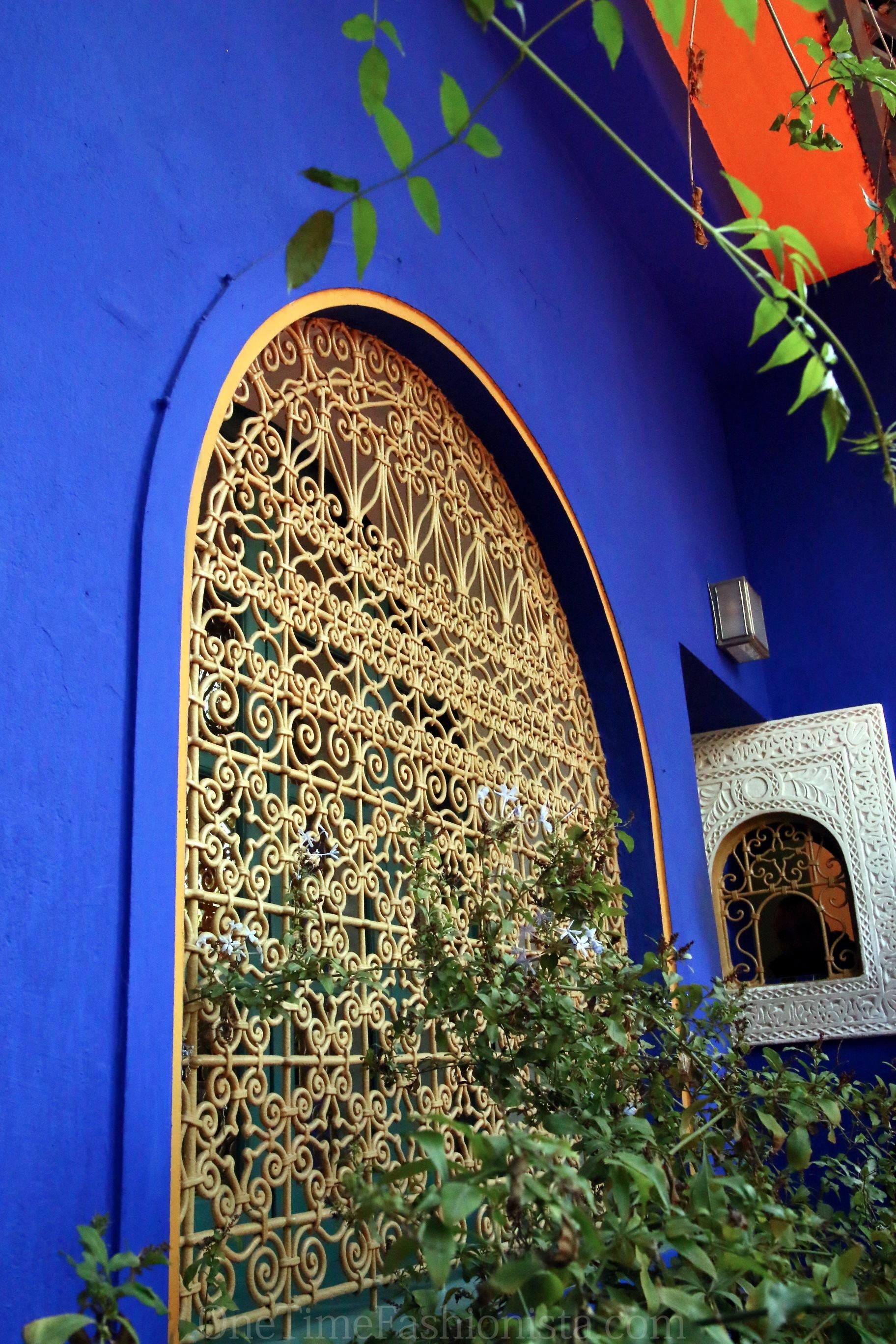 Vintage glamour yves saint laurent s jardin majorelle in for Jardin yves saint laurent maroc