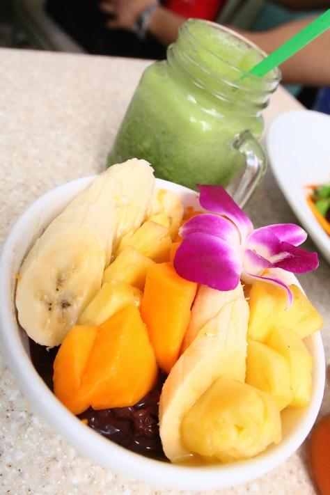 Acai bowl with tropical fruits