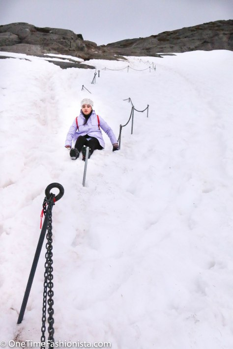 Tanusree had to slide down the snowy mountains while descending when knees couldn't support any longer