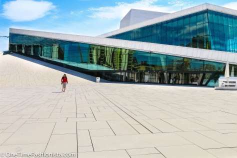 Located right at the harbour, with an angled, white exterior that appears to rise from the water Oslo Opera House is quite inviting