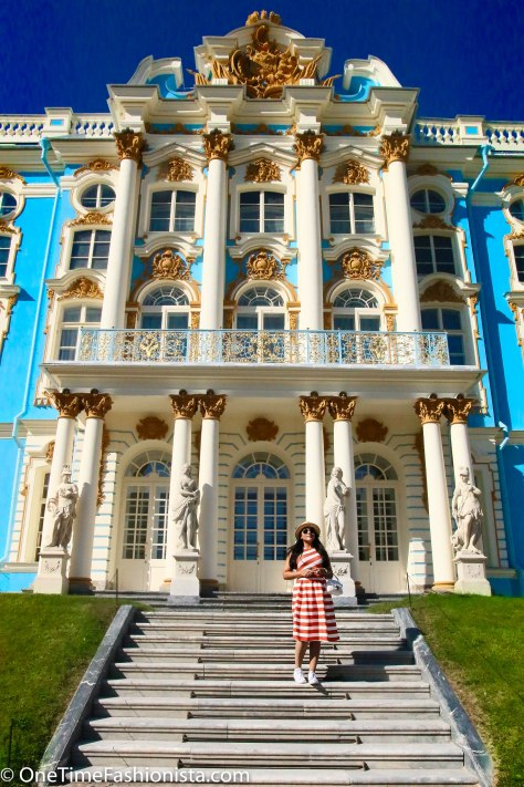 The gorgeous Catherine's Palace in Pushkin is shining in its full glory on a bright sunny and equally warm day in early September allowing me going girly in a summer dress