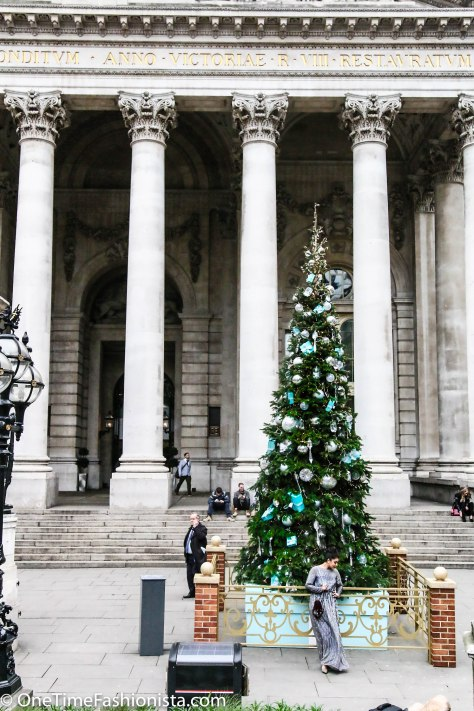 Shooting at The Royal Exchange London at this time of the year and not posing next to the Tiffany & Co. sponsored Christmas tree there!?