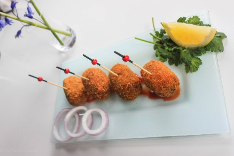 Flip-flop Prawn Croquettes Become Chingrir Chop