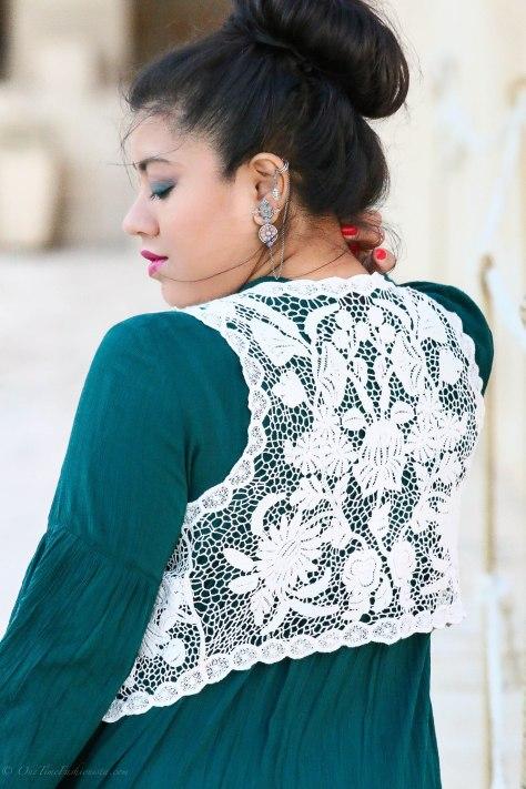 Egypt Lookbook: In TribebyAmrapali's Chandrika Earcuff