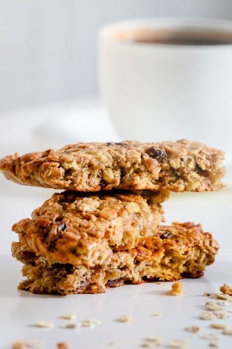Muesli Snack Bars: Having Your Next Snack Prepared!