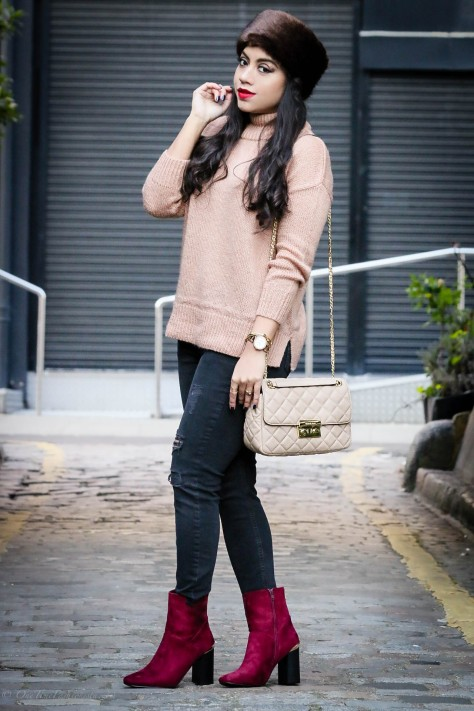 Winter Wardrobe Basics: Chunky Sweaters & Distressed Jeans